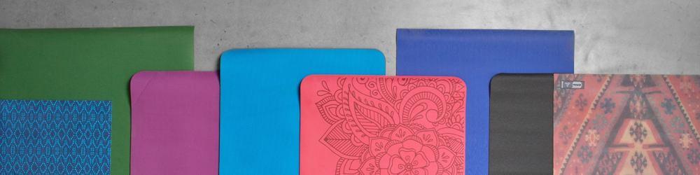01f21cd1762c5 Kolekce zahrnuje obečení pro volný čas, na jógu i pilates, různé módní  doplňky, jógamatky a další jógové vybavení. Produkty značky prAna si  jednoduše ...